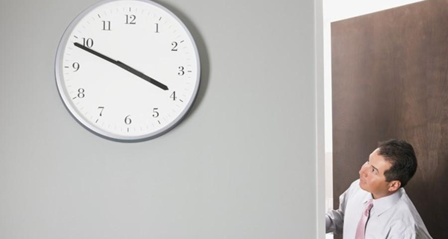 9-Glancing-At-The-Clock